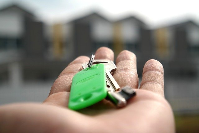 buyer get the key after buy a new house