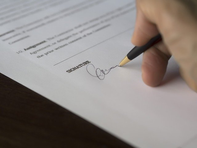 Signing signature in an agreement