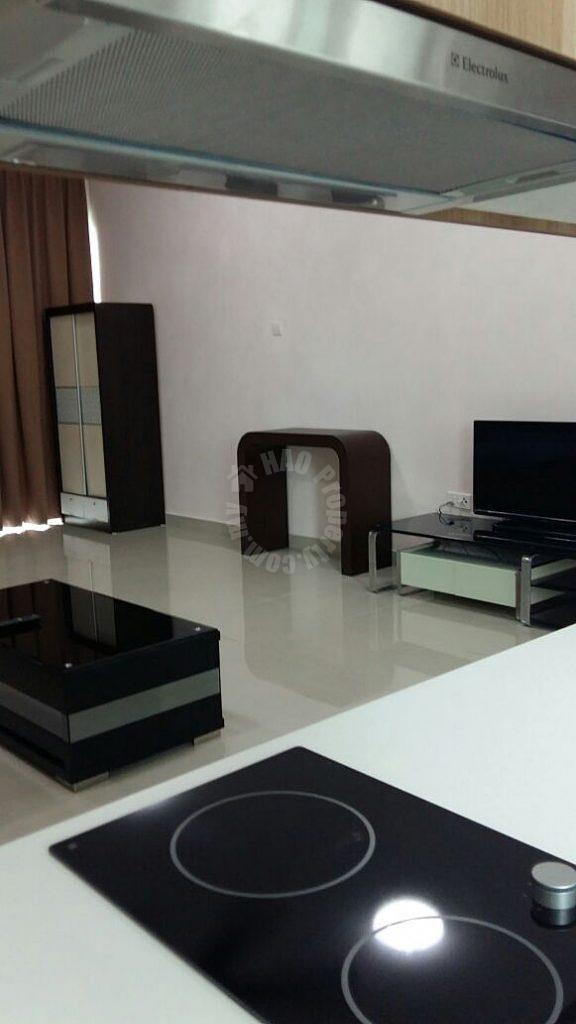 platino 2 room  serviced apartment 829 square foot builtup rent from rm 1,500 on jalan segenting, taman bukit mewah, johor bahru, johor bahru, johor #373