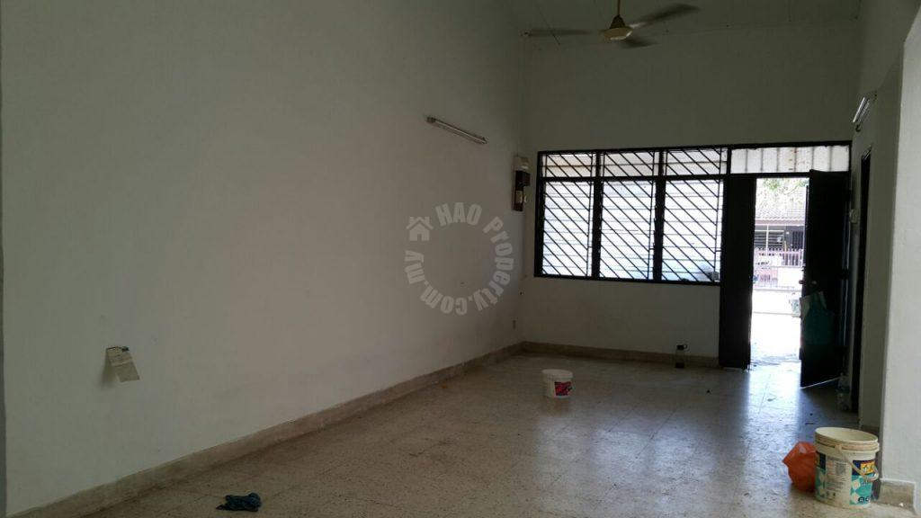 taman pelangi 3 rooms es terraced house lease price rm 1,300 #573