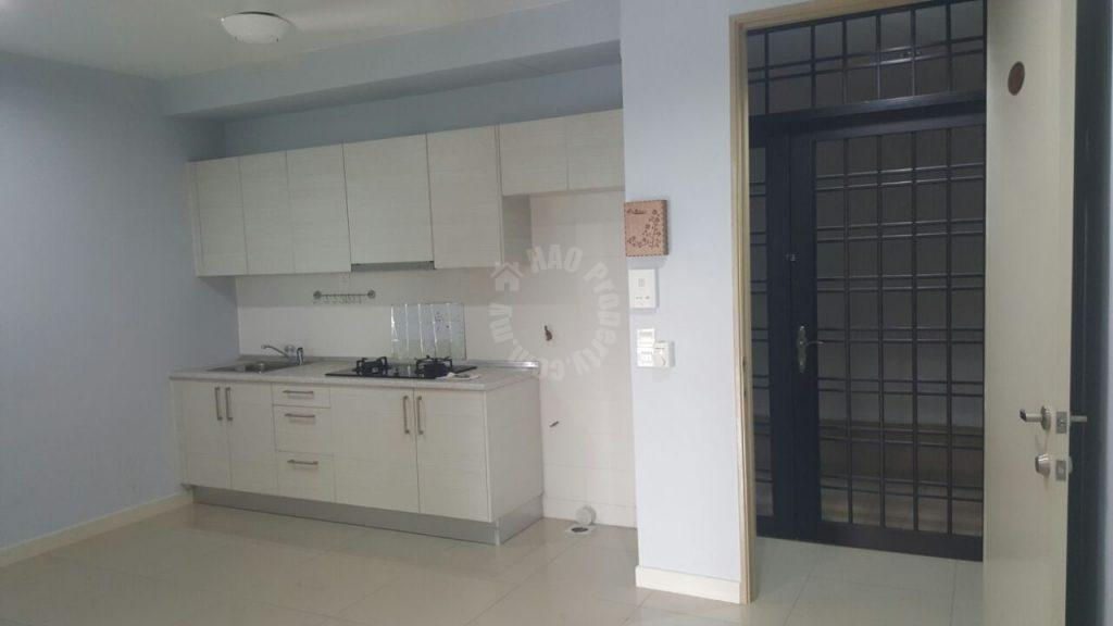 greenfield regency studio 2 parking apartment 473 sq.ft built-up selling at rm 230,000 at jalan skudai lama, taman tampoi indah, johor bahru #1083