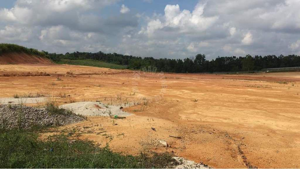 ban foo 10 medium  industrial landss 10 acres floor space selling from rm 16,552,800 #2621