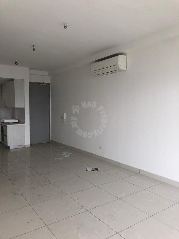 residences @ 1tebrau serviced apartment 1000 square feet built-up selling from rm 550,000 #2505