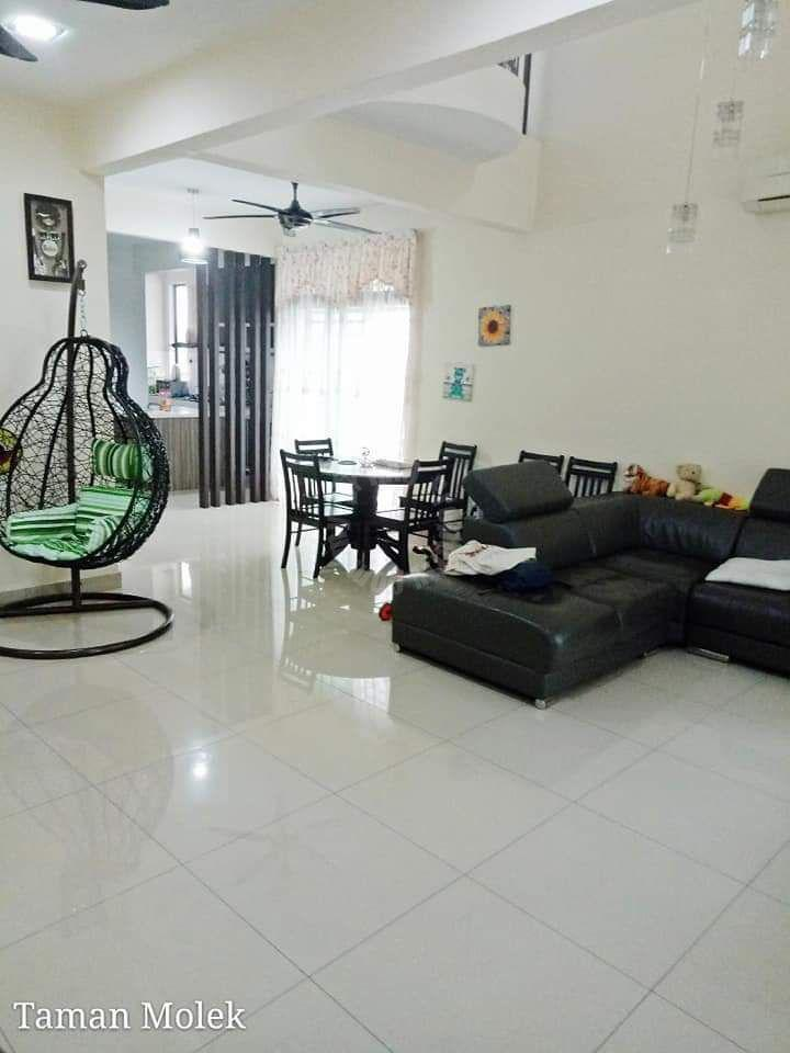 taman molek endlot one-and-a-half-storeys terrace house 1300 sq.ft built-up 1950 square-feet built-up selling at rm 510,000 #2200