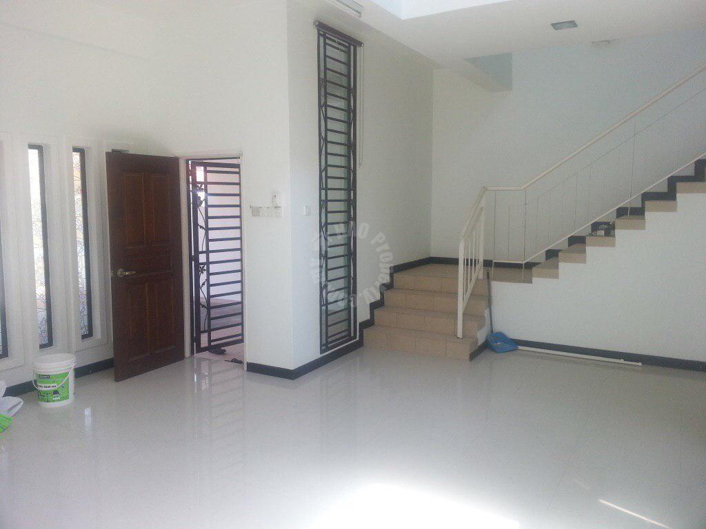 taman laguna 28×65  2 storey terraced home 1820 square foot built-up sale price rm 720,000 on jalan sri laguna x #2372