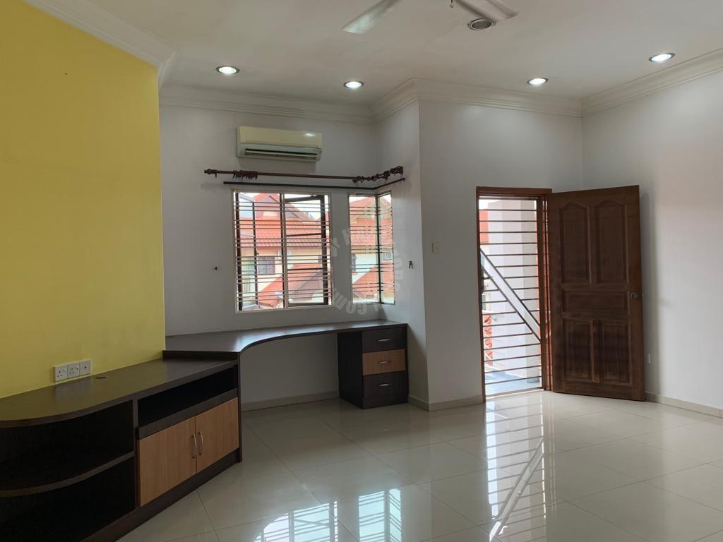 taman mutiara rini house 25×70 2 storeys terrace residence selling price rm 685,000 on jalan utama x #2996