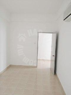 dnp plaza service 2 room residential apartment 850 square-feet built-up selling from rm 350,000 #2600