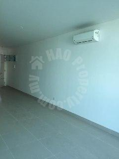 one medini condo 2 room serviced apartment 872 square-foot builtup selling price rm 500,000 #2556