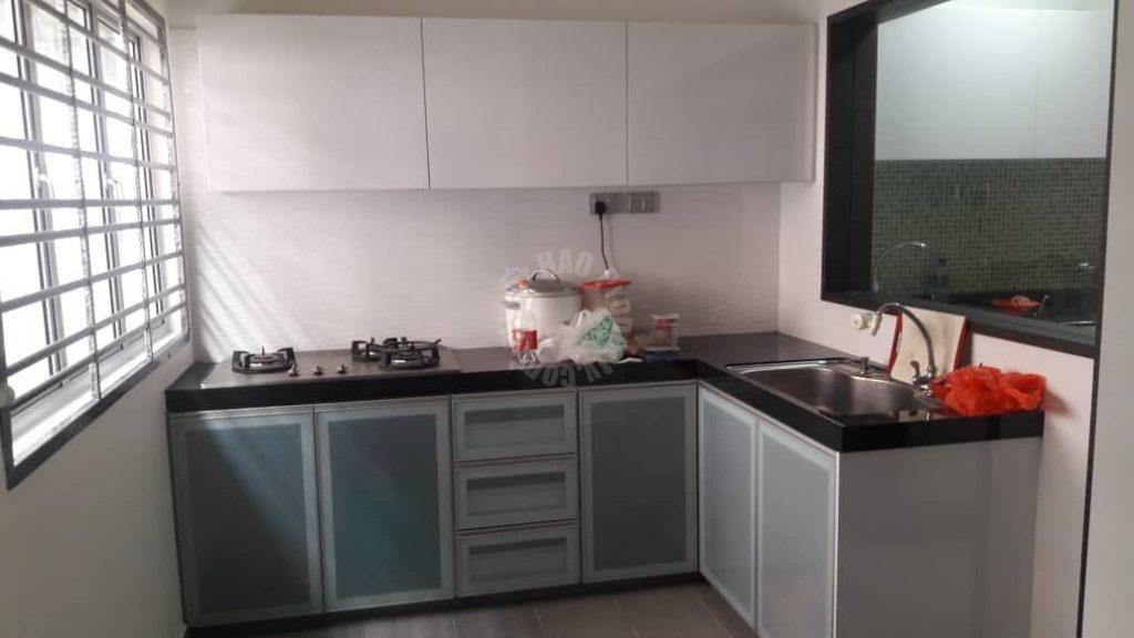 taman bukit mewah 300k renovated  double storeys link residence 1400 sq.ft built-up sale price rm 590,000 at jalan mewah ria x, skudai #3441