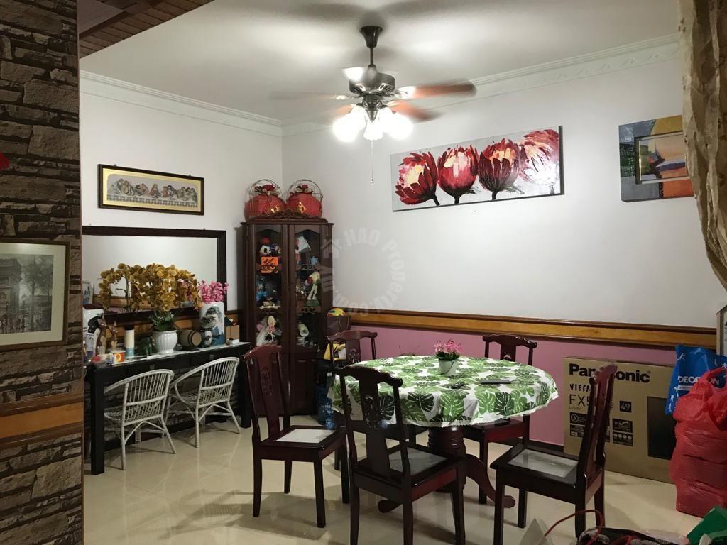 taman perling 22×75 renovated double storeys terraced house 1650 square feet builtup selling from rm 550,000 in jalan belibis x, taman perling, johor bahru, johor, malaysia #3576