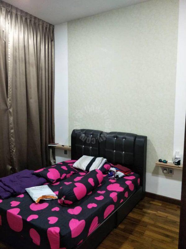 paragon suite 2 bedroom  apartment 988 square-feet built-up selling at rm 715,000 on jalan inderaputra, stulang darat, johor bahru, johor, malaysia #4077