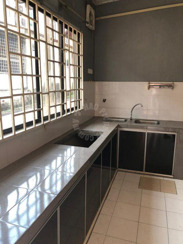 sri putri house 5 rooms double storeys terraced residence 1540 square foot builtup rental at rm 1,200 in taman sri putri, skudai, johor, malaysia #4920