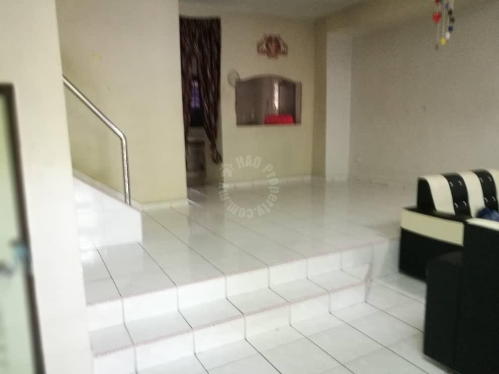 taman bukit mewah some renovated double storey terraced home 1400 square-feet built-up selling from rm 480,000 in jalan mewah ria x #4733