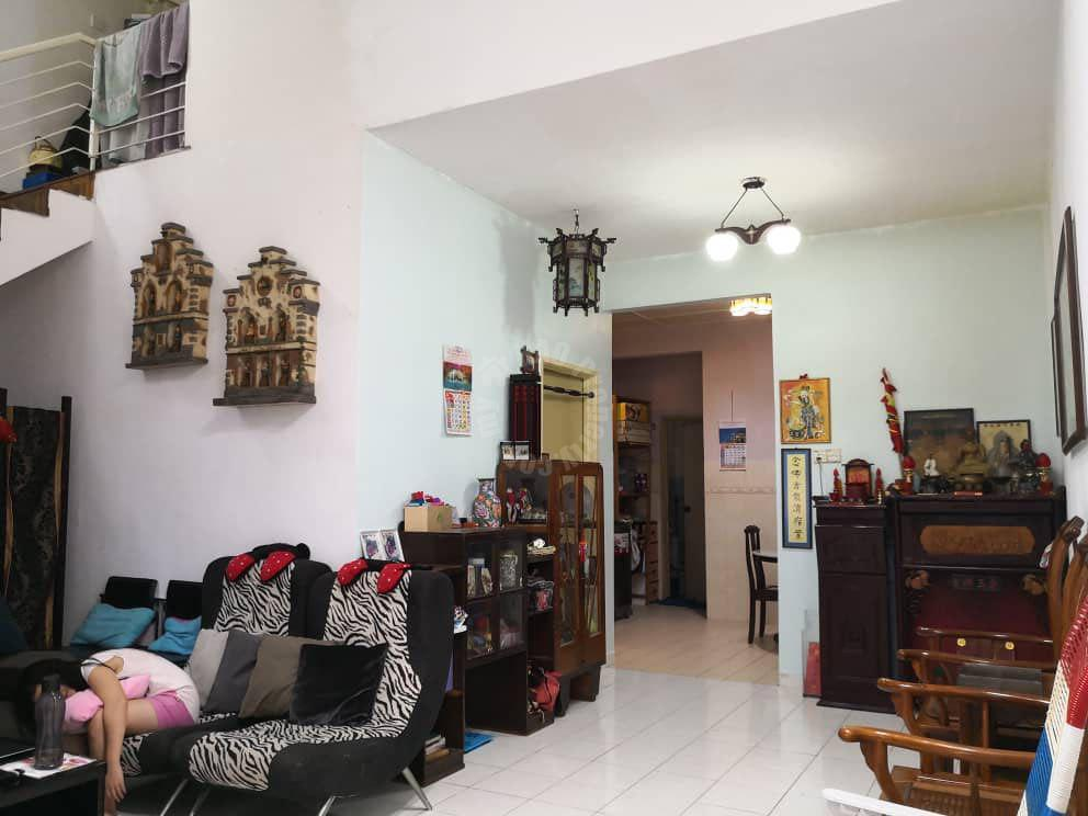 setia indah renovated house one-and-a-half-storeys terraced home 1400 square feet builtup selling from rm 440,000 in taman setia indah, johor bahru, johor, malaysia #4804