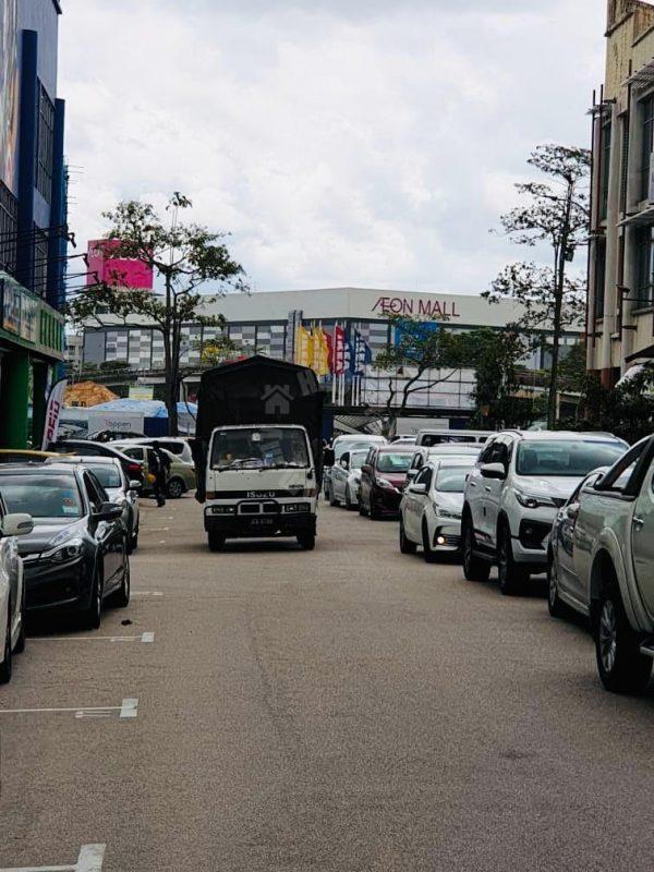 desa tebrau end lot ground floor  shoplot area 1680 square foot built-up lease at rm 3,000 at jalan harmonium, taman desa tebrau, johor bahru, johor, malaysia #5132
