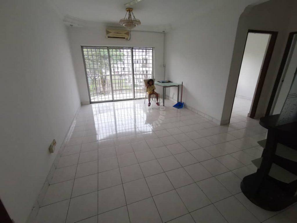 selesa putri condo low floor serviced apartment 1016 sq.ft builtup selling from rm 258,000 in selesa putri condominium, bandar selesa jaya, johor bahru, johor, malaysia #5464