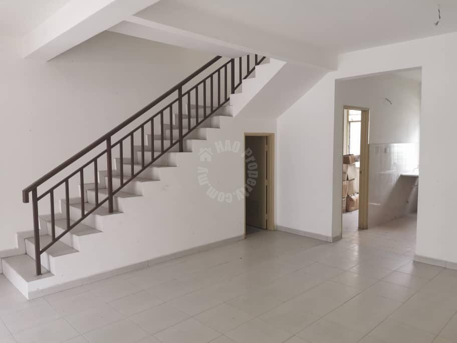 pulai jaya s house 2 storeys link residence 1170 square-foot builtup selling price rm 420,000 at jalan pulai jaya x, bandar pulai jaya, skudai, johor, malaysia #5796
