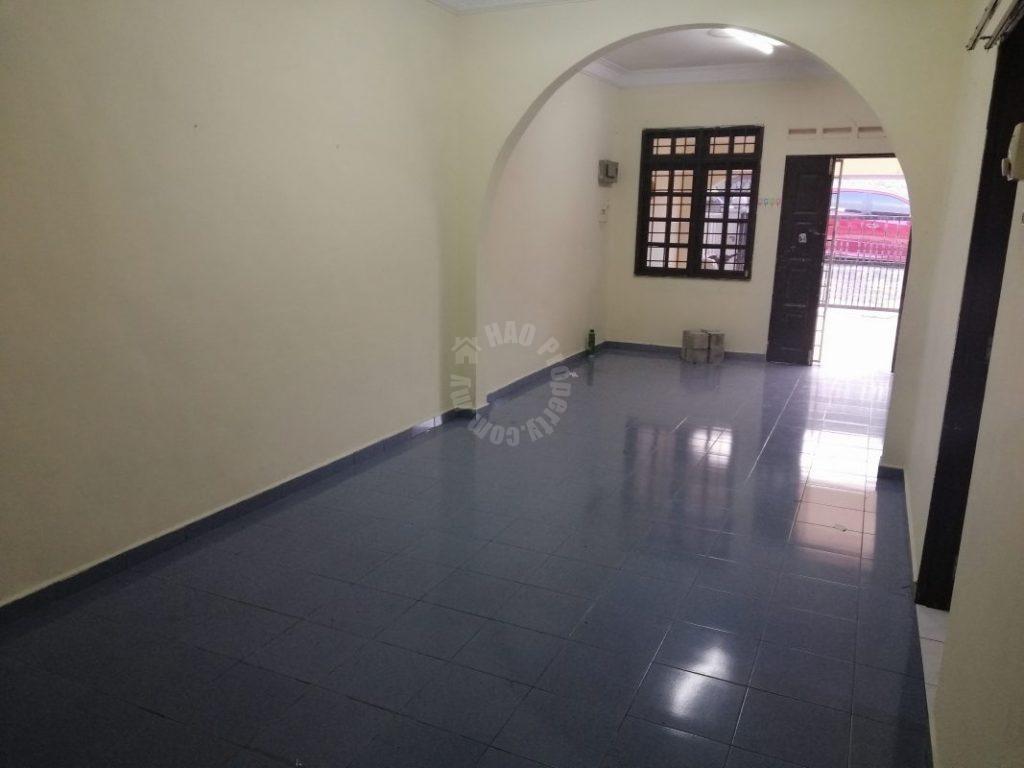 taman johor corner house single storey terrace home 1540 square feet built-up 2826 square feet built-up sale price rm 580,000 on jalan panti, taman johor, johor bahru, johor, malaysia #5991