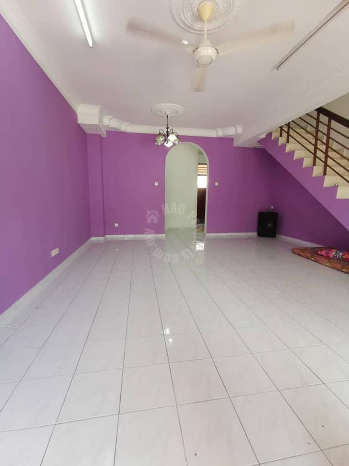 bukit indah 1 terrace 2 storeys terrace house 1170 square-foot builtup selling price 4xx k at bukit indah 1 #5675