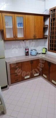 sri yaacob s house double storey terraced house 1400 square foot builtup rent price rm 1,100 on jalan putra x, taman tan sri ya'akob, skudai, johor, malaysia #6207