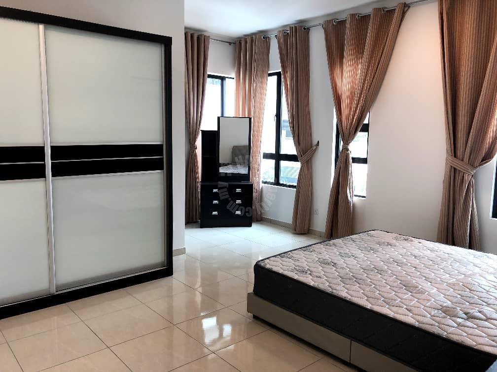 sky view /3 bedroom / bukit indah/ sky breeze residential apartment 1151 square foot builtup rental price rm 1,900 in persiaran indah utama, bukit indah 2, johor bahru, johor, malaysia #7038